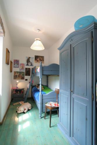 camera con letto castello